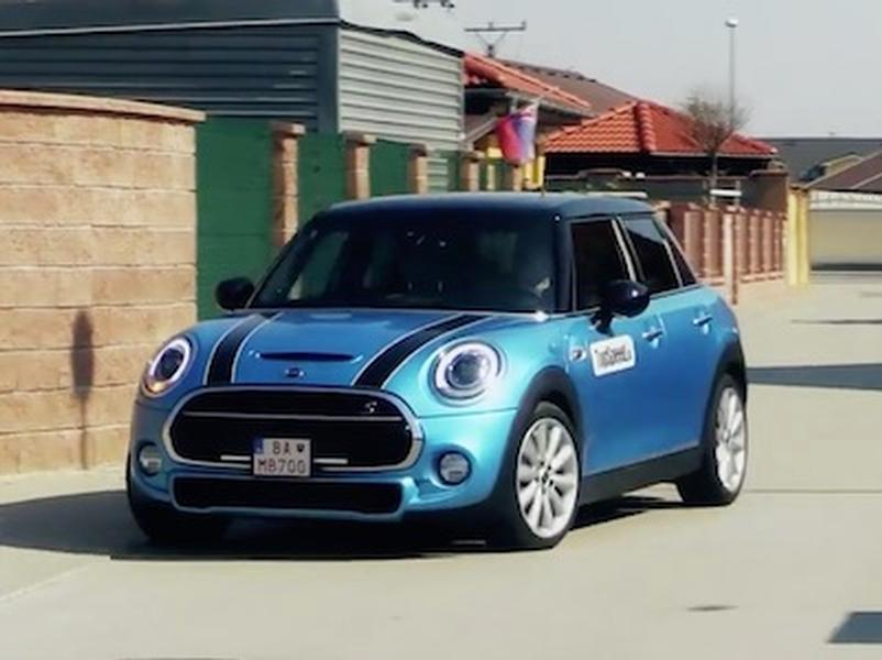 Video test  MINI Cooper SD