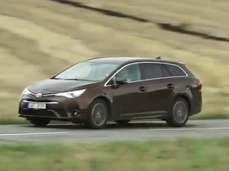 Video test Toyota Avensis 1.6 D-4D