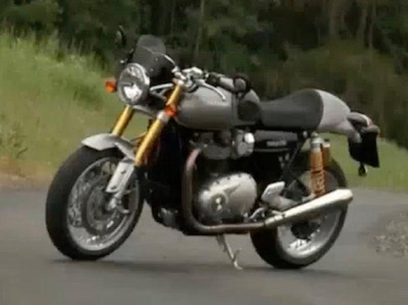 Video test Triumph 1200 Thruxton R