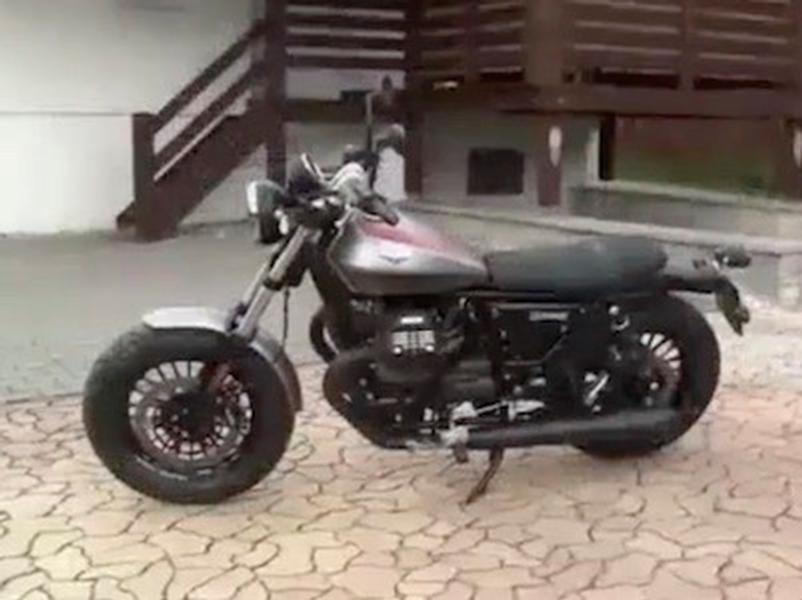Video test Moto Guzzi V9 Bobber