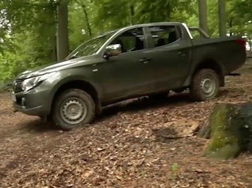 Video test Mitsubishi L 200 2,4 DI-D
