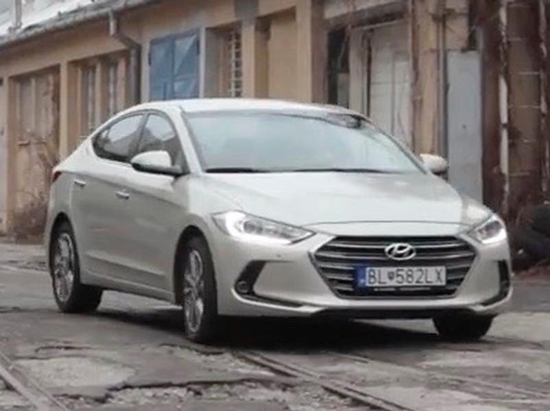 Video test Hyundai Elantra