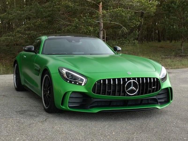 Video test Mercedes-AMG GT R