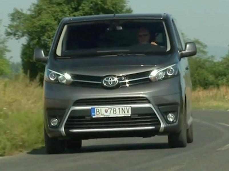 Video test Toyota Proace Verso Family 2.0 D-4D