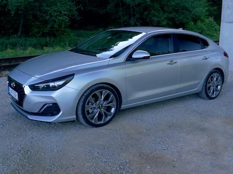 Video test Hyundai i30 Fastback 1,4 TGDi