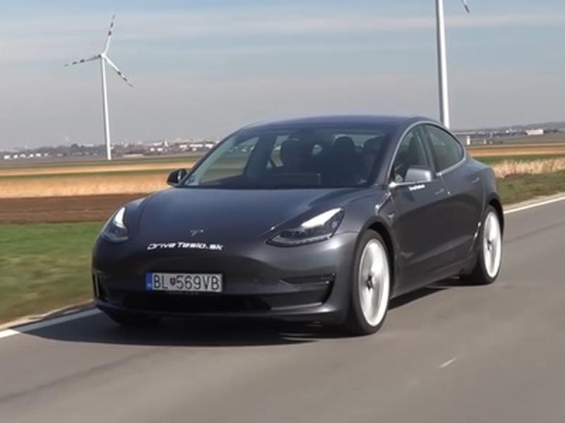 Video test Tesla Model 3