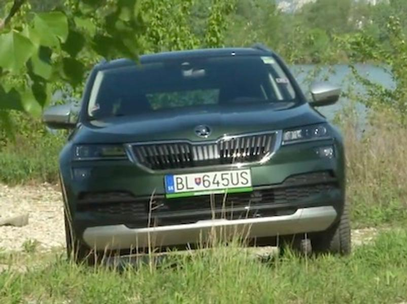 Video test Škoda Karoq Sportline vs Scout