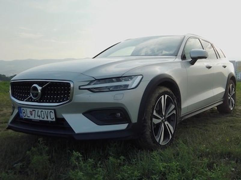 Video test Volvo V60 Cross Country D4