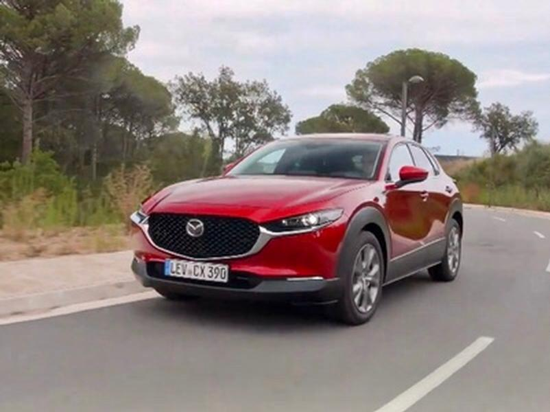 Video test Mazda CX-30