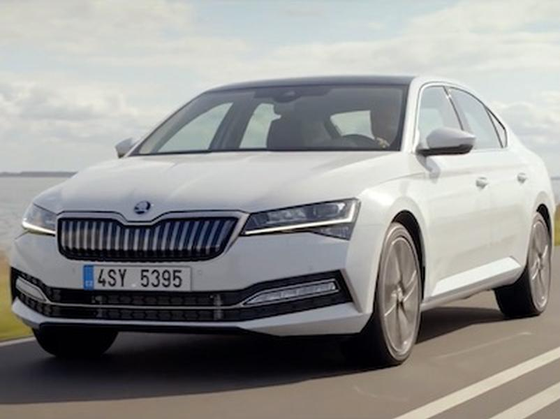 Video test Škoda Superb iV Plug-in Hybrid