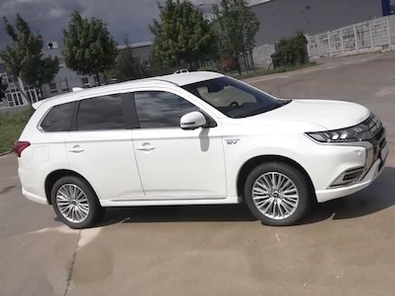 Video test Mitsubishi Outlander Plug in Hybrid