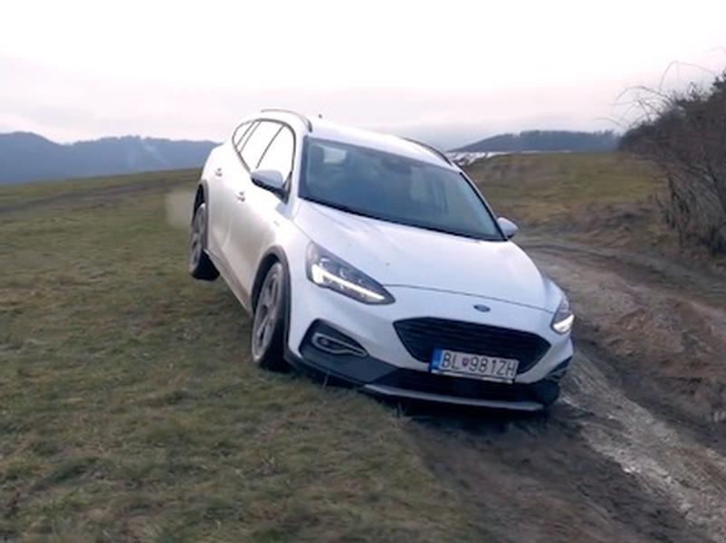 Video test Kia XCEED 1,4 T-GDi vs Ford Focus Combi Active 1,5 EcoBOOST