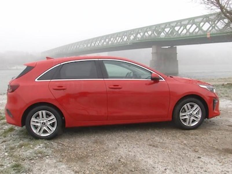 Video test KIA Ceed 1.0 T GDi