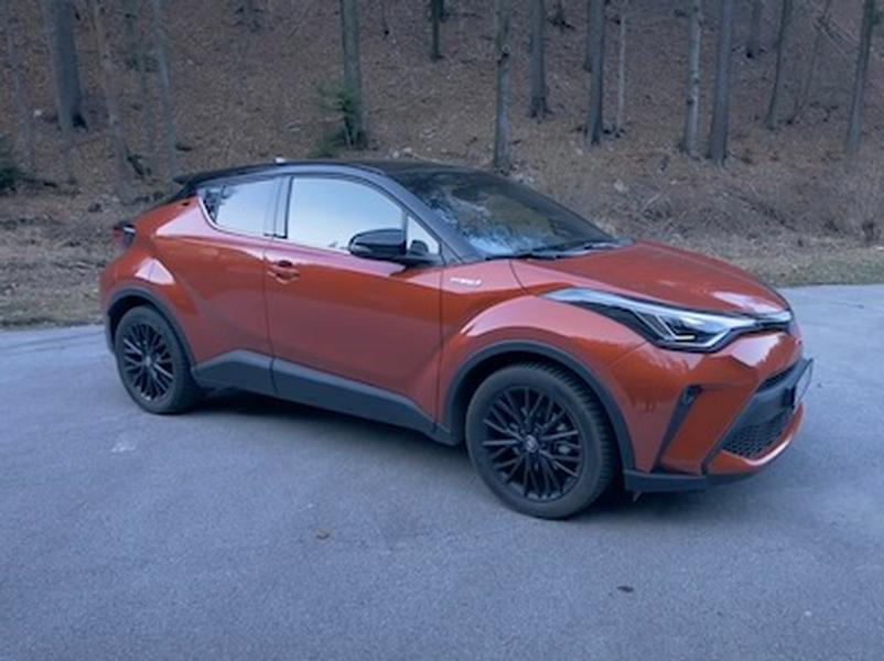 Video test Toyota C-HR Hybrid Dynamic