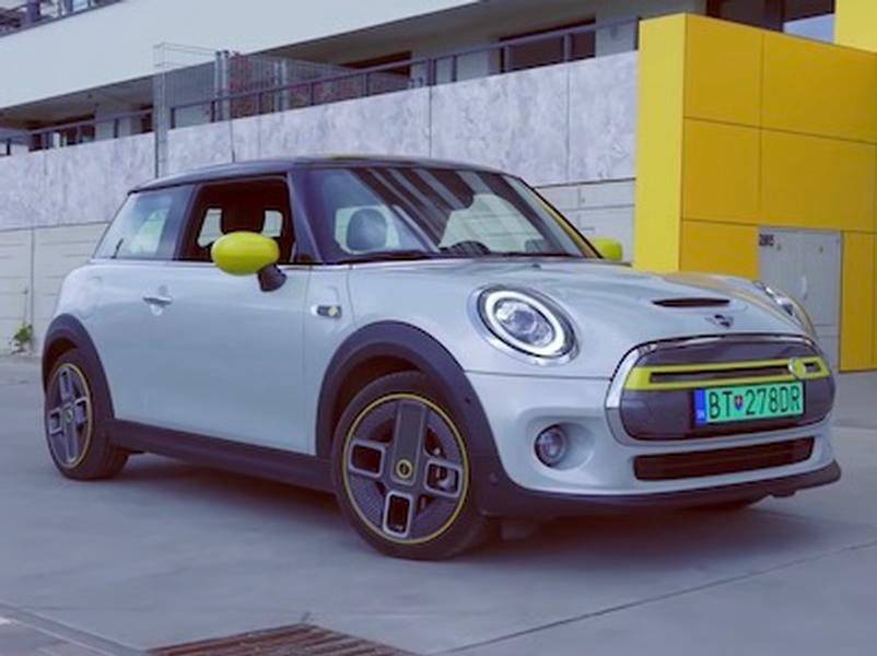 Video test MINI Cooper SE Electric
