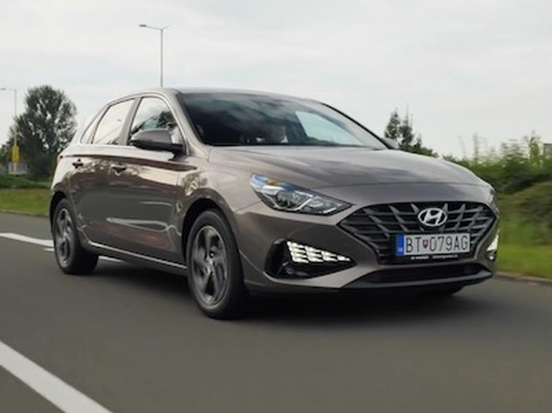 Video test Hyundai i30 1.5 DPi vs Kia Ceed 1.0 T-GDi