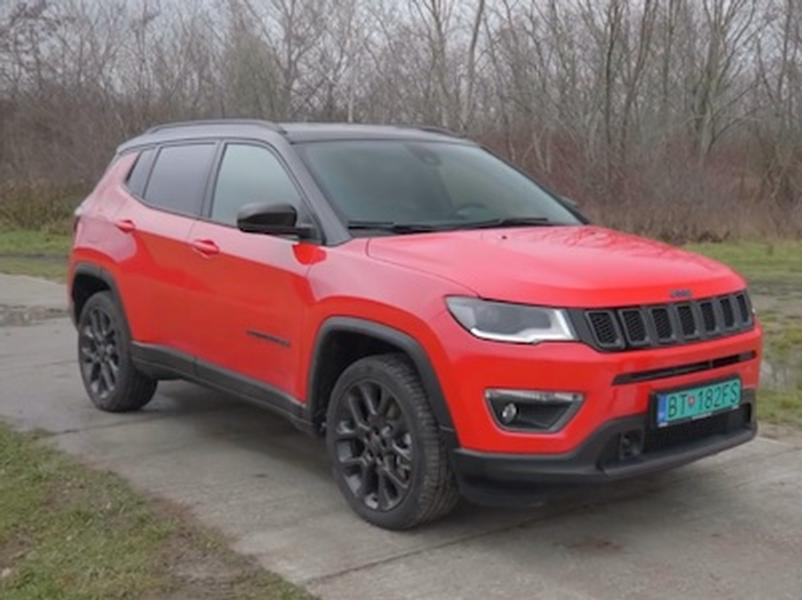 Video test Jeep Renegade vs Jeep Compass 4xe