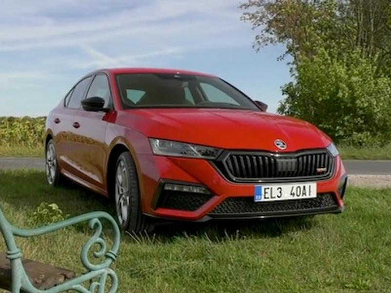 Video test Škoda Octavia RS iV