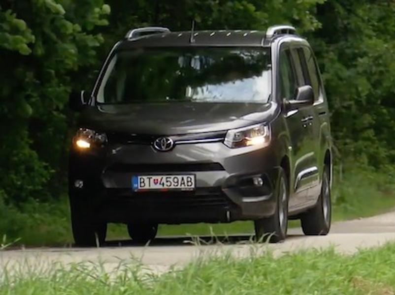 Video test Toyota Proace City Verson Family